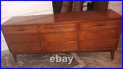 $400 Down Danish Style Vtg Mid Century Modern 9 Drawer Credenza Dresser withGlass
