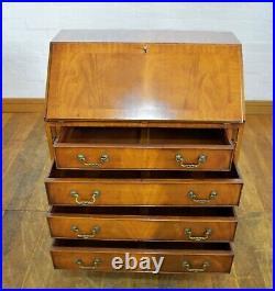 Antique style bureau writing desk