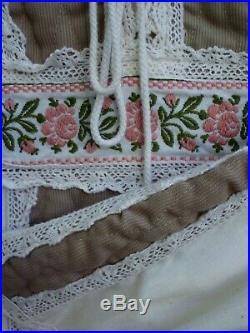 Gunne Sax Dress Ren Style Cream Beige and Pink Tie Corset Size 11-13