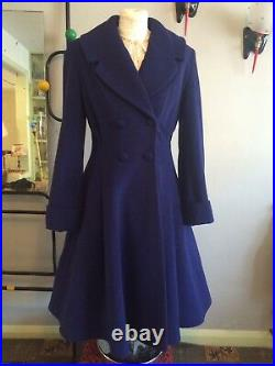 Ladies vintage 1950s/40s swing style fit and flare flattering Coat in royal blu
