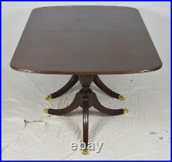 Stickley Mahogany Duncan Phyfe Dining Table Williamsburg Style 2 leaves