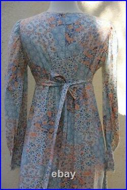 Vintage 1970s dress Gunne Sax Style Boho Maxi Blue Floral Calico Dress