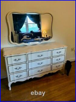 Vintage Dixie French Provincial Style 9 Drawer Dresser with RARE Matching Mirror